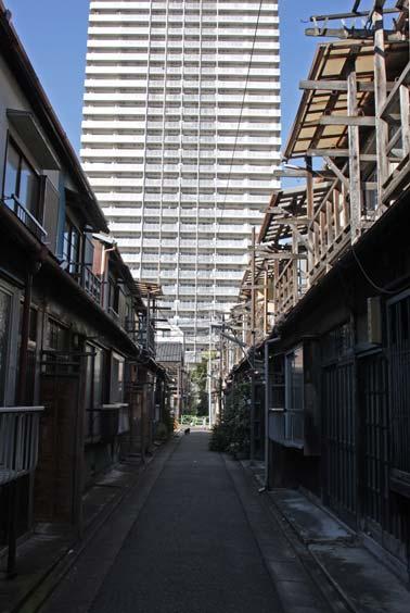 下町の魅力を記録する写真展と写真集 「残された原風景 ―東京、佃・月島界隈―」
