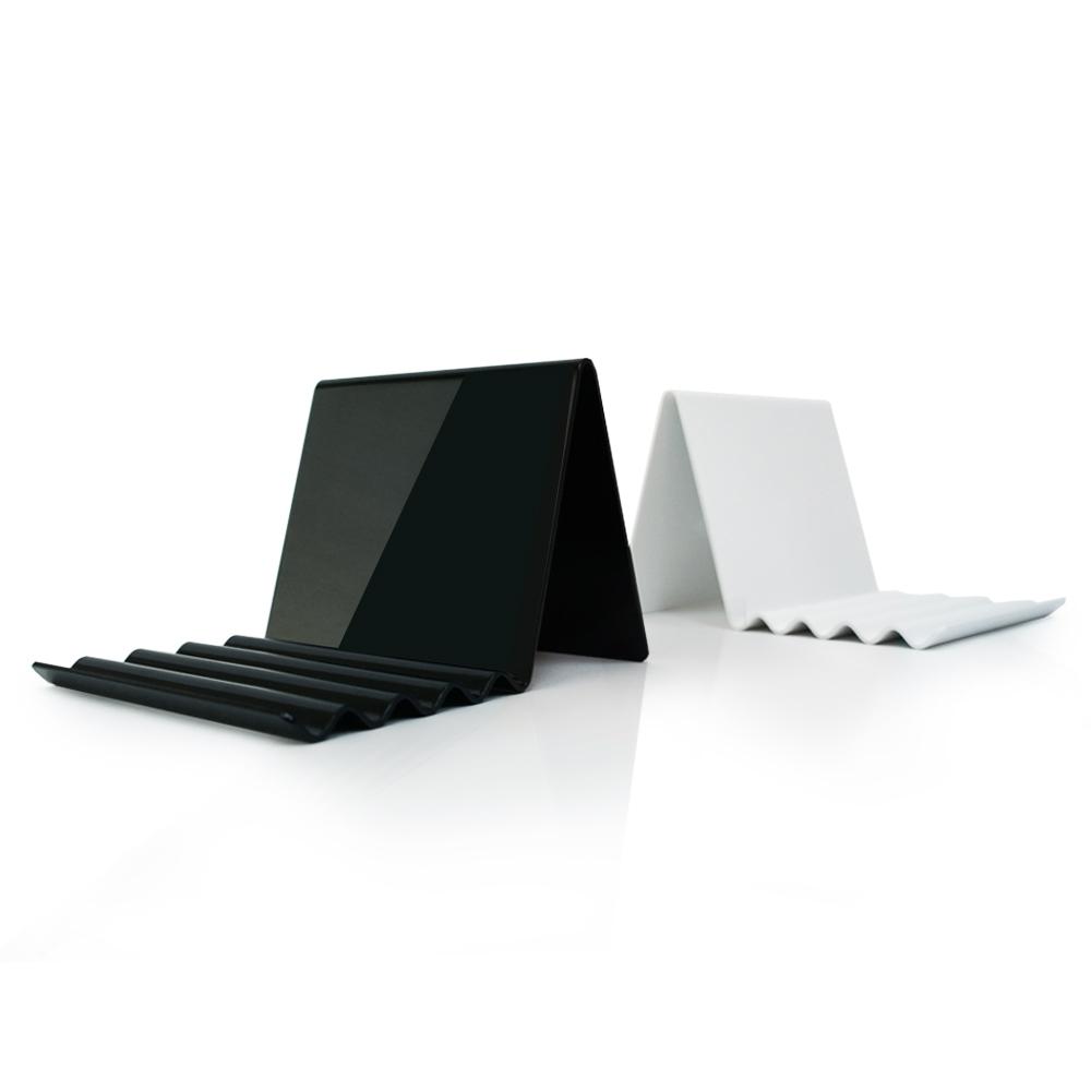 GROSSII ブランドから、タブレットPC&iPad用スタンド「4 Tablet」の販売を開始〜「よりスマートに、より美しく」をキーワードに洗練された機能的デザインを採用〜http://grossii.com/