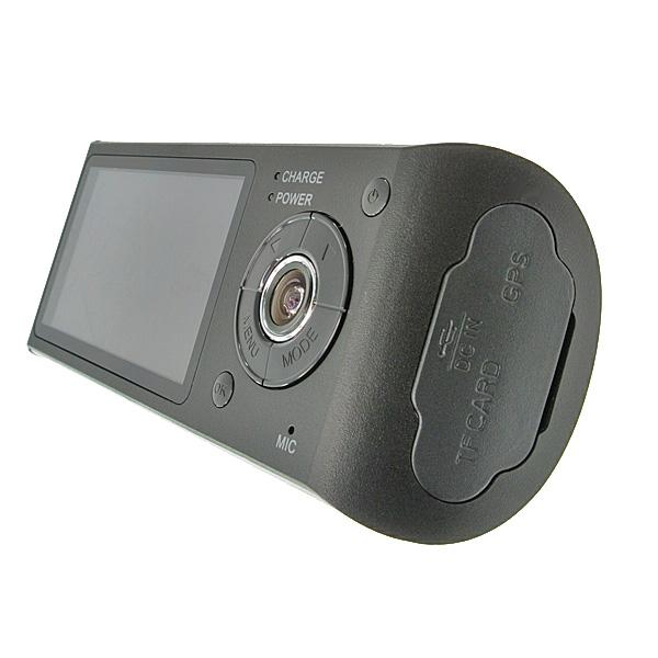 【上海問屋限定販売】 車外と車内を同時動画撮影 車内の会話もバッチリ残す ダブル広角レンズ搭載ドライブレコーダー販売開始