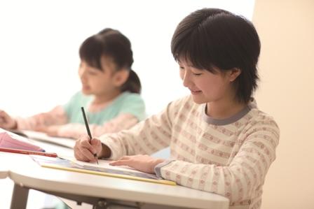 学童保育の明光キッズ 小学校4年生~6年生向けの新サービス 「高学年レギュラー」をスタート!