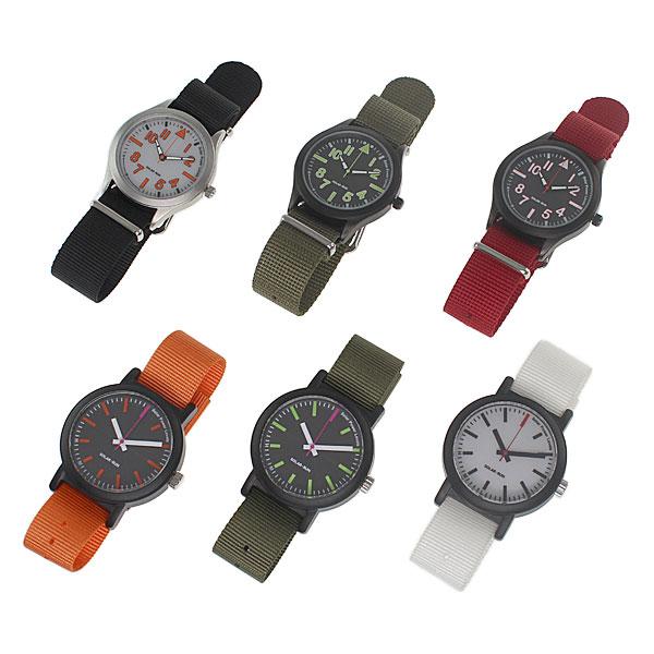 【上海問屋限定販売】 暗い場所では自動で節電するかしこい腕時計 フル充電で約半年使用可能 ソーラー充電対応 パワーセービング機能搭載腕時計 販売開始