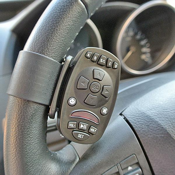 【上海問屋限定販売】車内に散らばるリモコンをひとまとめ いざという時 探さない ハンドルに固定可能な学習リモコン 販売開始