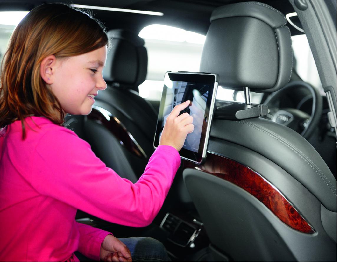 iPad 用マルチホルダーringO(リングオー)新発売 テーブルスタンド・壁付・カーヘッドレスト用に マルチに使えるワンタッチホルダー、オーエスプラスe から