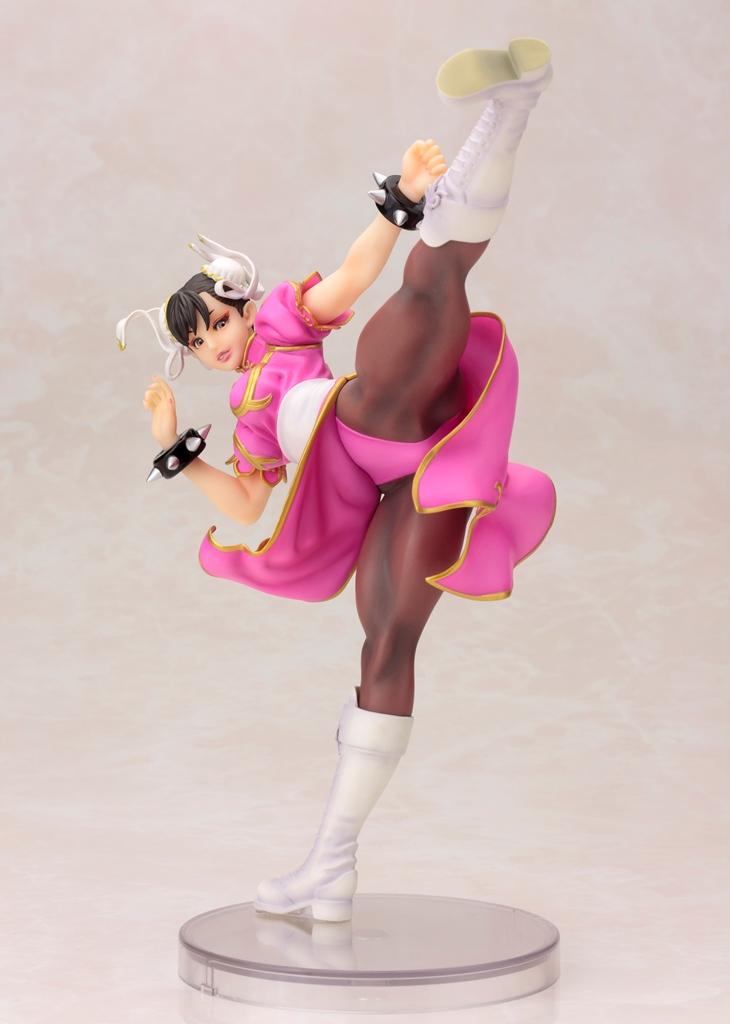 ゲーム「STREET FIGHTER」より今度は2Pカラーで登場 「覚悟はいいわね?」 「STREET FIGHTER美少女 春麗 -PINK COSTUME- 限定版」