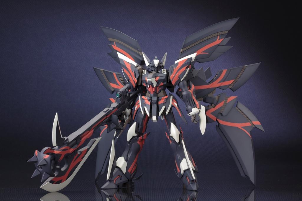 人気ゲームソフト「第2次スーパーロボット大戦OG」 ガリルナガン初プラモデル化 全身フル可動、充実の付属武器「ガリルナガン」2014年12月発売