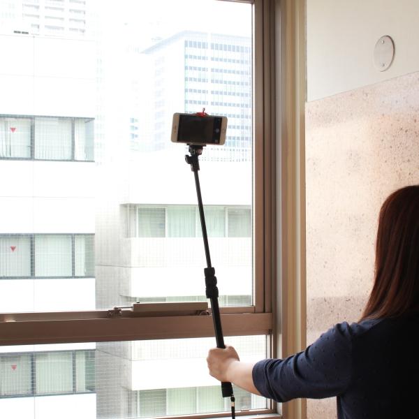 【上海問屋限定販売】 大流行の自撮りが出来るセルフィースティック iPhone6Plusにも対応 通常のカメラ一脚としても使用可能 セルフィースティック 販売開始