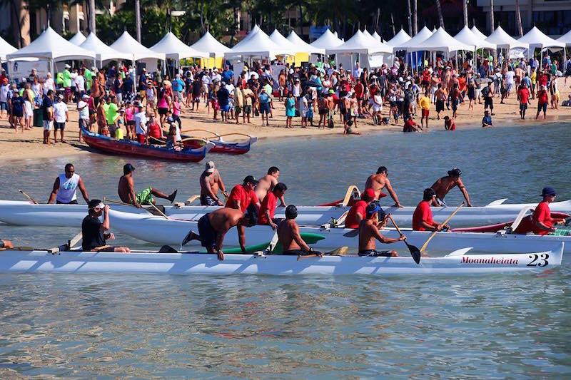 ヒルトン・ハワイアン・ビレッジの敷地内で開催される 第30 回「デューク・カハナモク・ビーチ・チャレンジ」