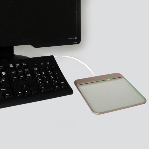 【上海問屋限定販売】ガラス製のタッチパッドがPC周りをオシャレに涼しげに演出 透明ガラス製タッチパッド 販売開始