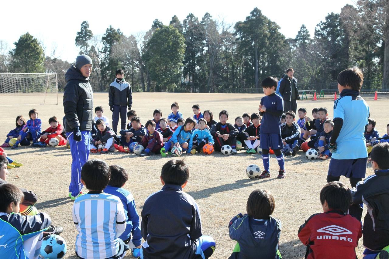 200人が参加するサッカーキャンプで一流の技術を身に付けよう 明光サッカースクール 『2015冬期合同キャンプ』 2015年11月17日(火)15:00より受付開始