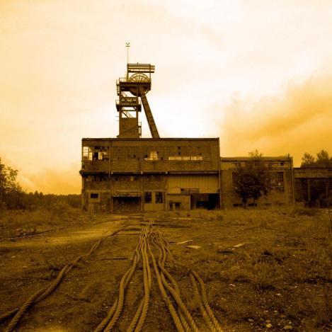 写真家 塚原琢哉 「廃墟の重工業地帯『シレジア』」 写大ギャラリーにて国内初公開