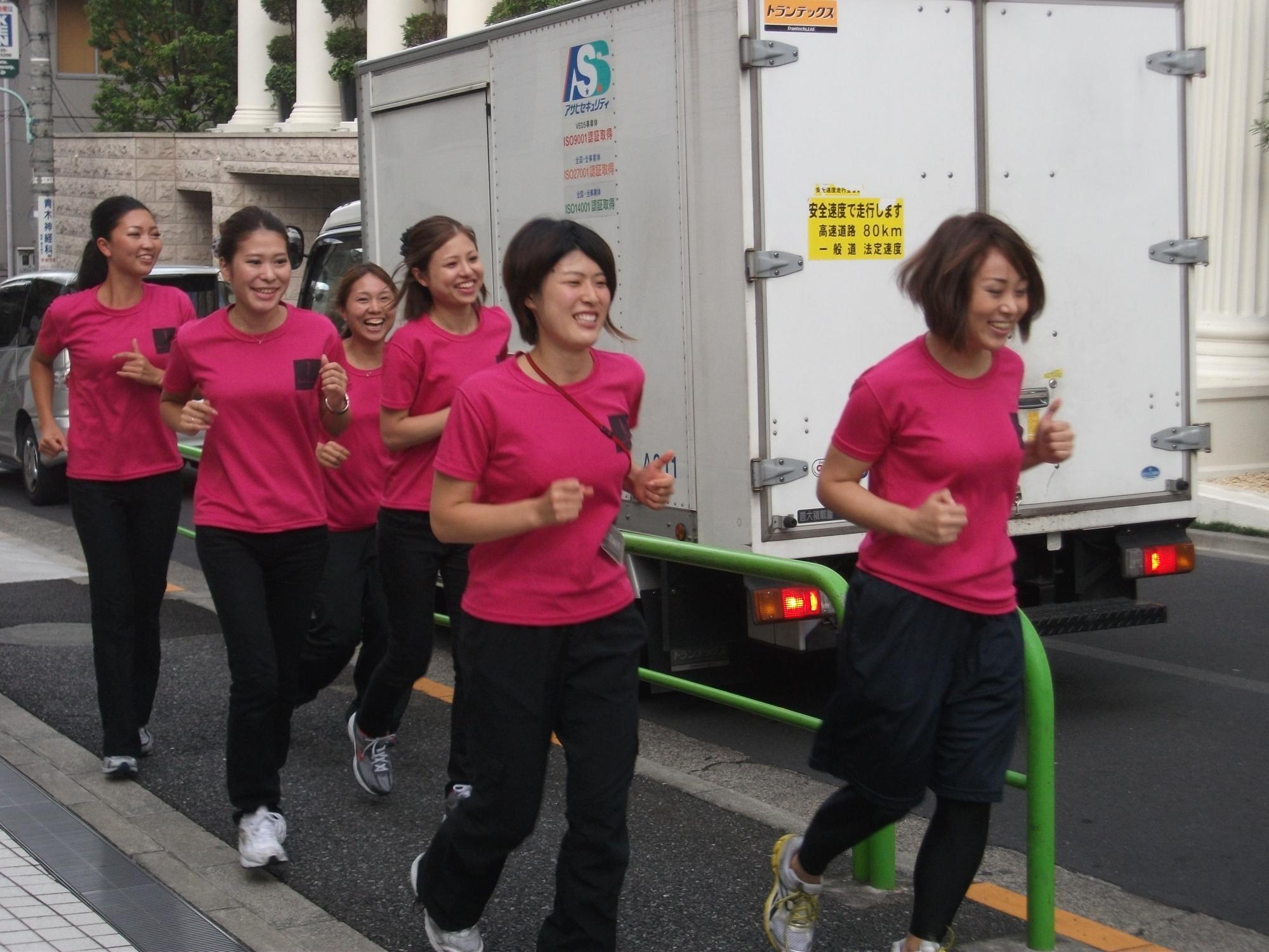 10月10日体育の日、ランニングイベント 『ダイエットRUN』筋トレとランニングで脂肪を燃焼 ~ 女性専用フィットネスクラブ「ボディリペア青山」~