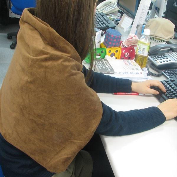【上海問屋限定販売】寒いオフィスで快適に過ごす 冬に備えてUSB 電源 あったかグッズ3 種 販売開始