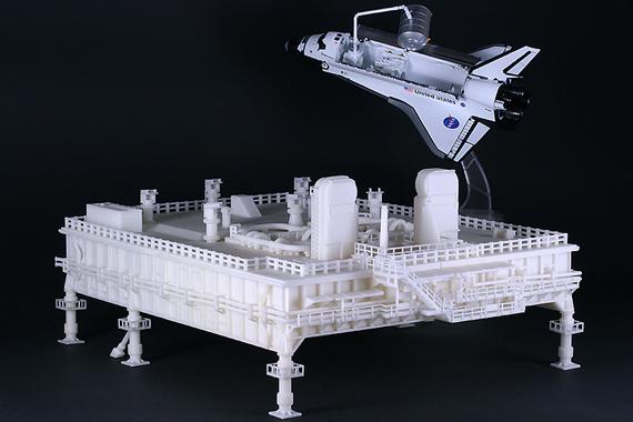 スペースシャトル発射台『SPACE SHUTTLE MOBILE LAUNCHER』1/144 モデルを発売!