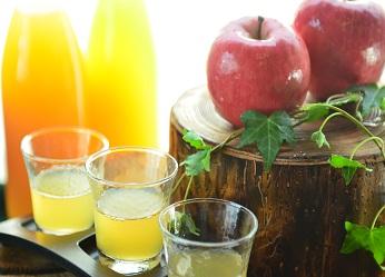 「林檎の微笑み~リンゴジュース飲み比べ」が新登場。
