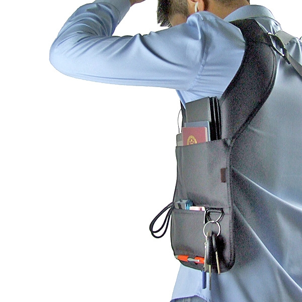 【上海問屋限定販売】モバイル・タブレット機器をワイルドに持ち歩こう ホルスター型だから安定感バツグン 持ち歩き用収納バッグベスト 販売開始