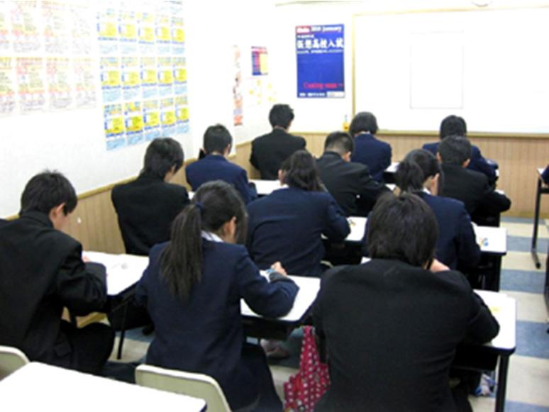 中2の冬に受験をバーチャル体験! ~俊英館Flex恒例の「仮想高校入試」を今年も開催~