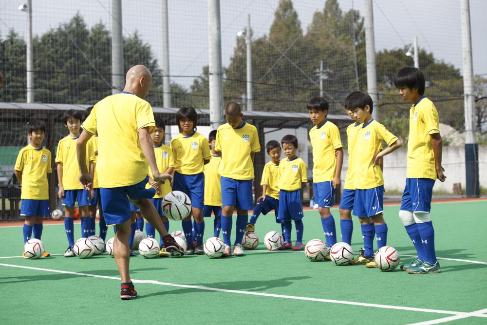 「明光サッカースクール」タイ・バンコクで 小学生向け無料サッカークリニックを開催 ~明光フットボールアカデミーin バンコクSupported by J.LEAGUE & TPL~