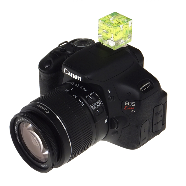【上海問屋限定販売】一眼レフカメラでの撮影時 様々な角度から確認できる水平器 販売開始