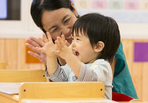 開校3ヶ月で、定員を超える申込数 月謝は平均の2倍以上だが 3歳で5歳児の発達(心知体)を実現する保育園