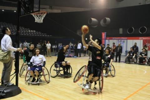 車椅子バスケットボール体験教室