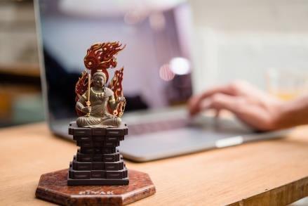 日常に、あなただけの仏様を。 手彫り仕上げの木製インテリア仏像ブランド「RIYAK」 日本最多の寺院数を誇る愛知県内の販売店へ先行導入を決定 永田や佛壇店、田中仏具店にて10月より販売開始