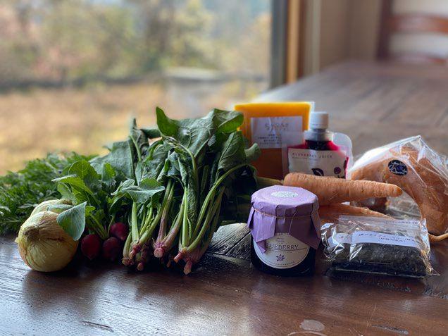 オーガニックファッションブランドが無農薬野菜などの通信販売を開始 プリスティン、「衣食同源プロジェクト」5月7日スタート! 着るものも、食べるものも、ひとつの畑から、 オーガニックコットン畑で育てられた、大地の恵みをお届けします。